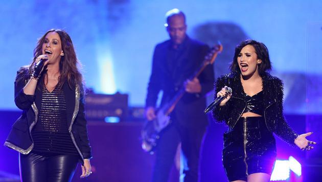 Alanis Morissette performte mit Demi Lovato. (Bild: Matt Sayles/Invision/AP)