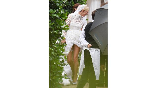 Bei ihrer Hochzeit hob Nicki Hilton das Kleid zu hoch. (Bild: Viennareport)