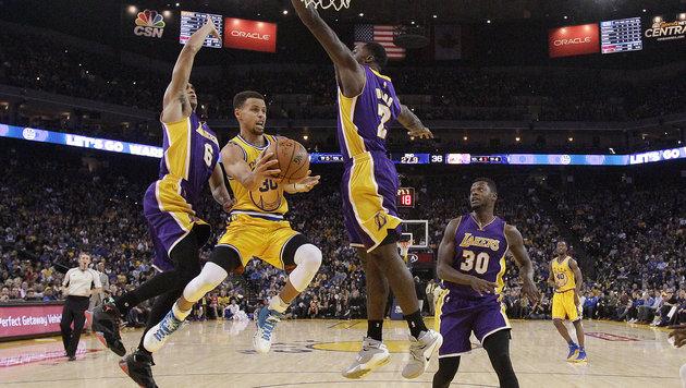 16. Sieg! Warriors mit neuem NBA-Startrekord (Bild: AP)