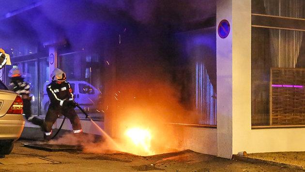 Brandserie hält Salzburger Einsatzkräfte in Atem (Bild: MARKUS TSCHEPP)