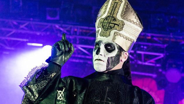 Anonym und antiklerikal: Ghost stürmen die Charts (Bild: Andreas Graf)