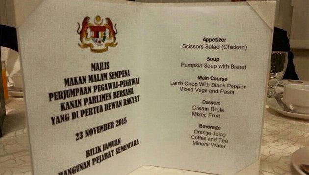 """Malaysia: Parlament serviert """"Scheren-Salat"""" (Bild: twitter.com/TASH)"""
