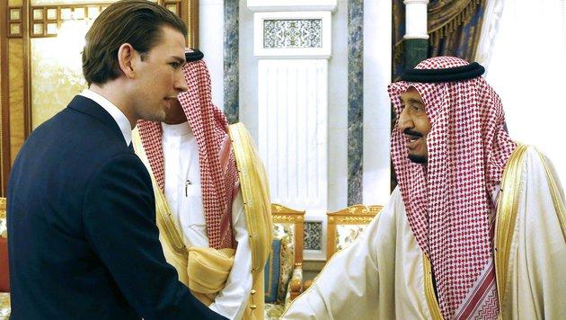 Außenminister Sebastian Kurz und der saudische König Salman bin Abdulaziz al-Saud (Bild: APA/DRAGAN TATIC)