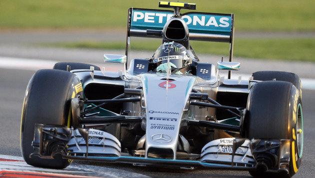 Rosberg rast vor Hamilton zur Tagesbestzeit (Bild: AP)