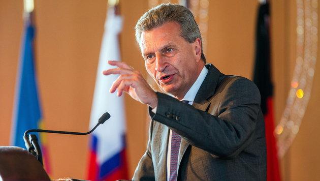EU-Kommissar Günther Oettinger (Bild: APA/EPA/JENS BUETTNER)