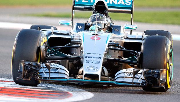 Rosberg holt Pole vor Hamilton! Vettel weit zurück (Bild: AP)