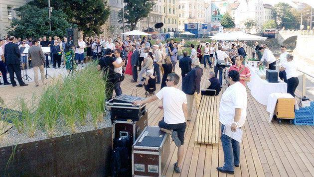 Eröffnungsfeier für die Wiental-Terrasse Anfang September (Bild: twitter.com/wienzufuß)