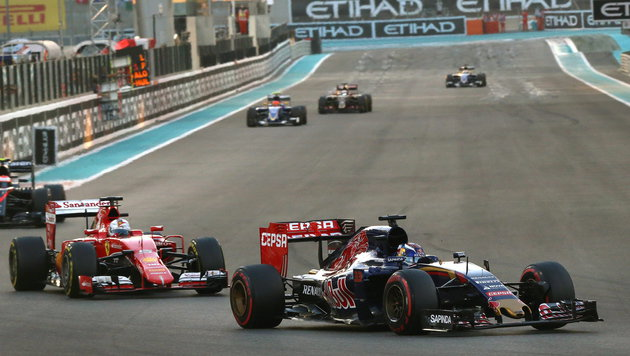 Abu Dhabi: Nico Rosberg gelingt Sieg-Hattrick (Bild: APA/EPA/SRDJAN SUKI)