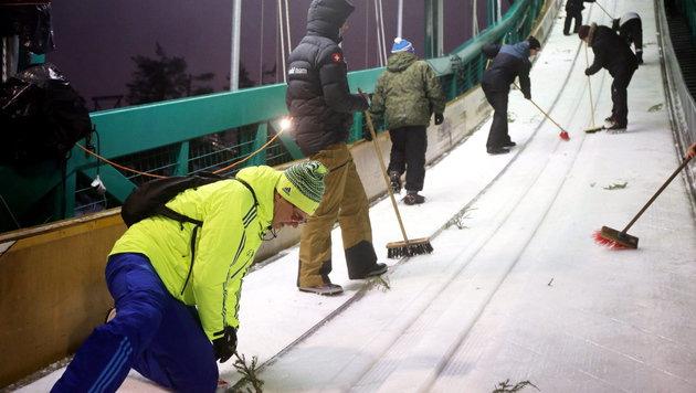 Kuusamo auch für Kombinierer keine Reise wert (Bild: APA/EPA/GRZEGORZ MOMOT)