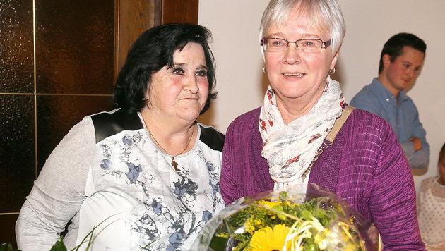 Lange haben sich Margarethe (re.) und Linda gesucht - nun sind sie endlich vereint. (Bild: Sepp Pail)