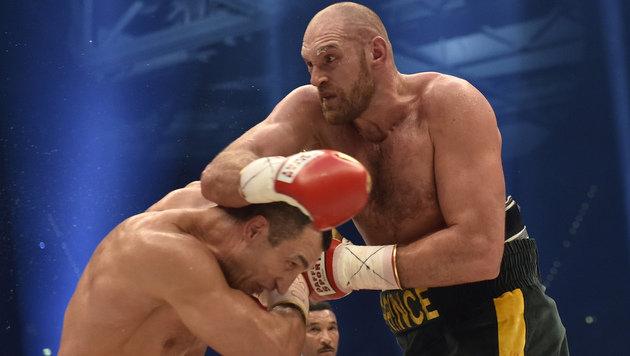 Sensationell! Klitschko ist seine WM-Titel los (Bild: AP)