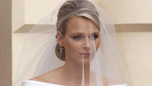 Eine Frisur, die Charlene bis zu ihrer Hochzeit 2011 beibehielt. (Bild: JOEL RYAN/EPA/picturedesk.com)