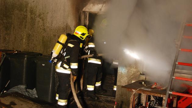 Ein Verletzter bei Brand eines Einfamilienhauses (Bild: Herbert Wimmer/Pressestelle BFK Mödling)