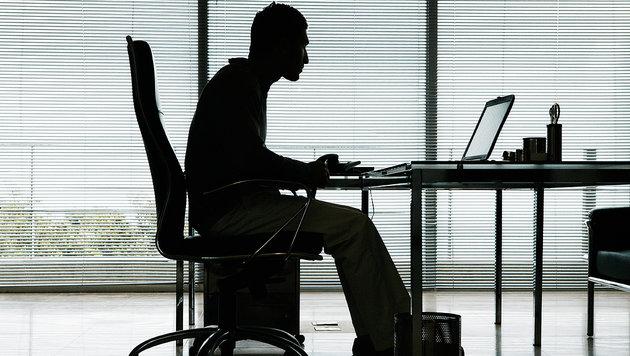 Wir arbeiten mehr als Deutsche und Schweizer (Bild: thinkstockphotos.de)