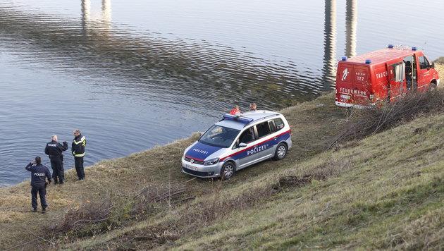 Geldschatz vom Grund der Wiener Donau gehoben (Bild: Martin A. Jöchl)