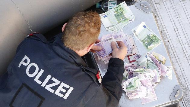 Der Donaudienst der Wiener Polizei zählte ganz genau nach. (Bild: Martin A. Jöchl)