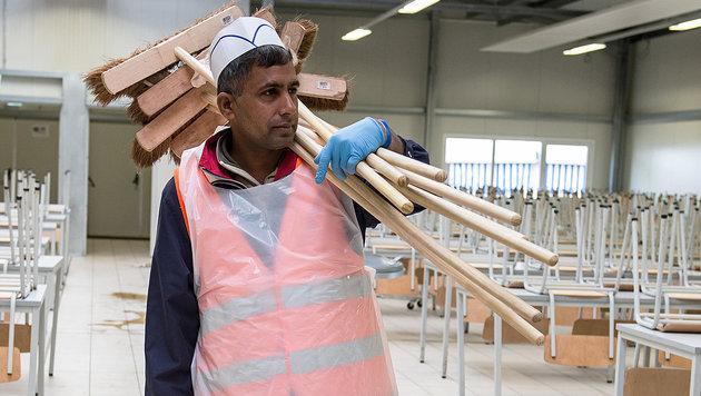 """Experte: """"Integration am Arbeitsmarkt schwierig"""" (Bild: dpa)"""