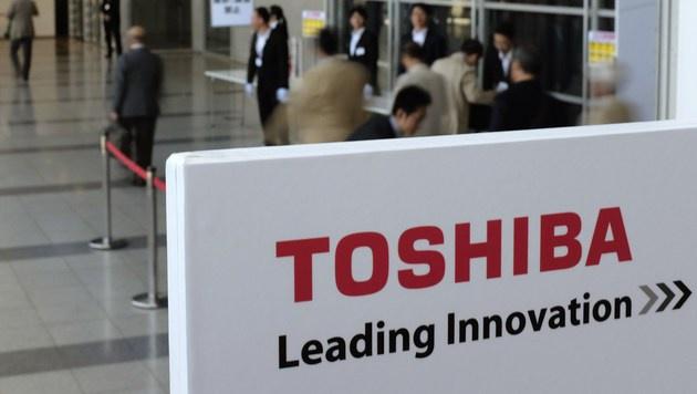 Aktionäre verklagen Toshiba wegen Bilanzskandal (Bild: APA/AFP/KAZUHIRO NOGI)