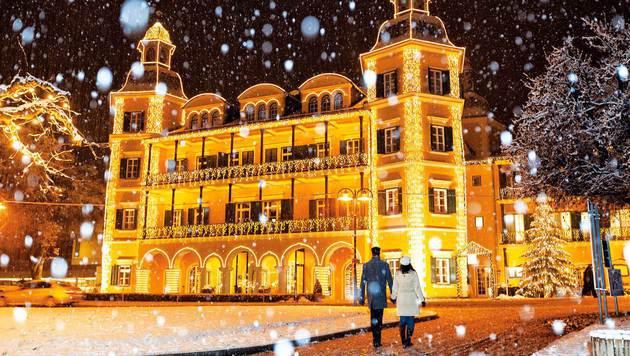 Das Schlosshotel Velden verwandelt sich zu Weihnachten in einen Lichtertraum. (Bild: G. Steinthaler)