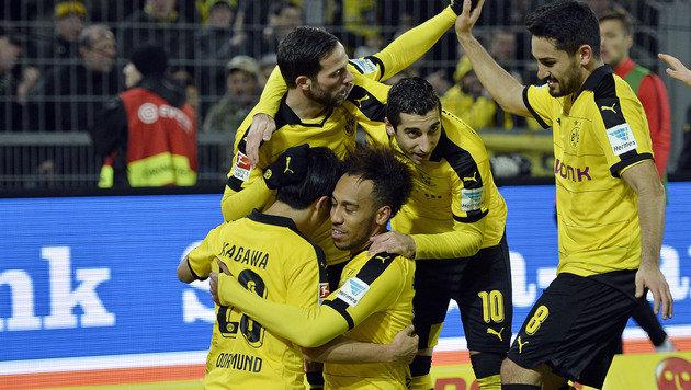 Dortmund marschiert mit 4:1 gegen Frankfurt weiter (Bild: AP)