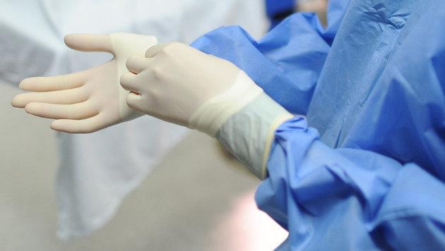 Tödlicher Spitals-Keim: Überträger-Baby gestorben (Bild: dpa/Angelika Warmuth (Symbolbild))