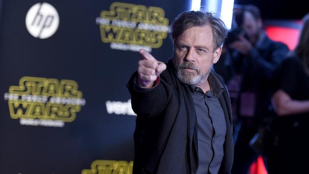 Mark Hamill alias Luke Skywalker darf bei der Weltpremiere von Episode 7 natürlich nicht fehlen. (Bild: AP)