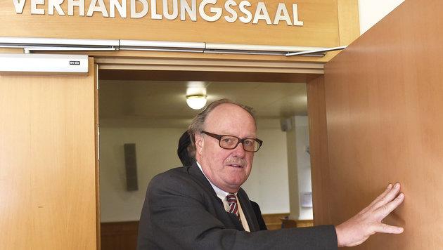 Alfons Mensdorff-Pouilly wurde am Montag im Telekom-Prozess zu drei Jahren Haft verurteilt. (Bild: APA/HELMUT FOHRINGER)