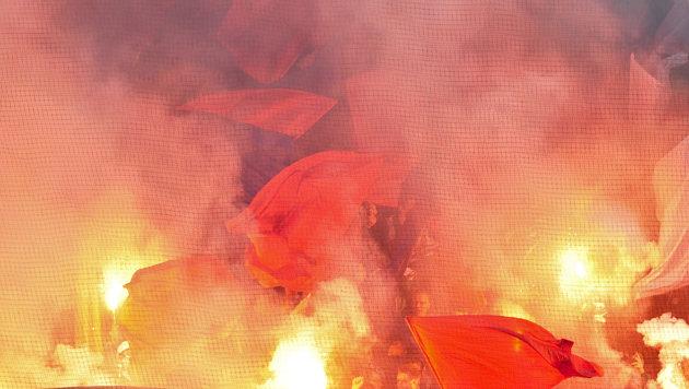 So bekommen Sie Stadionverbot in der Bundesliga (Bild: APA/HERBERT NEUBAUER)
