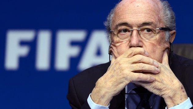 """Zeitung kürt Blatter zum """"Schweizer des Jahres"""" (Bild: APA/AFP/FABRICE COFFRINI)"""