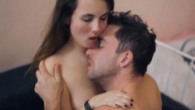 Mehr Sex bei Frauen gut für ihr Gedächtnis (Bild: luciemakesporn.com)