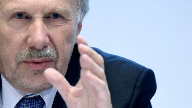 Nowotny: 25.000 Jobs bei Banken in Gefahr (Bild: APA/Hans Klaus Techt)
