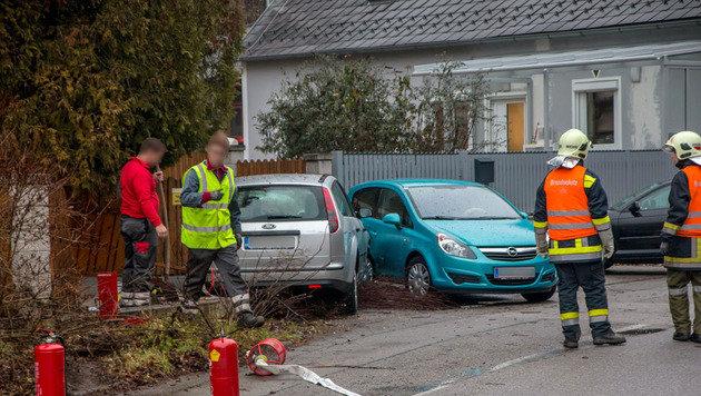 Explosionsgefahr nach Verkehrsunfall in NÖ (Bild: BFK Baden/Daniel Wirth)