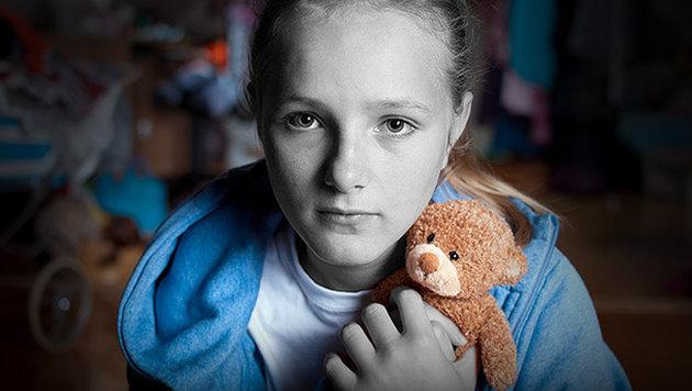 Bereits mehr als 400.000 Kinder von Armut bedroht (Bild: thinkstockphotos.de)