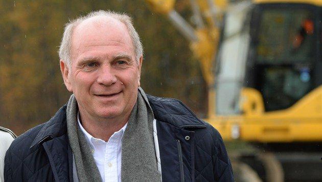 Hoeneß kandidiert für Präsidentenamt des FC Bayern (Bild: APA/AFP/CHRISTOF STACHE)