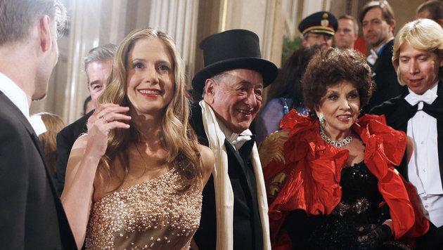 Opernball 2013: Mira Sorvino, Richard Lugner und Gina Lollobrigida (Bild: APA/GEORG HOCHMUTH)