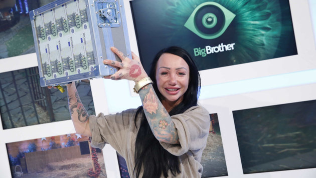 """Die 26-jährige Wienerin Lusy hat """"Big Brother"""" gewonnen - sie strich 100.000 Euro ein. (Bild: Sixx)"""
