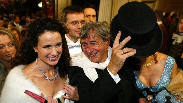 Wiener Opernball 2004: Stargast Andie MacDowell (Bild: Hans Klaus Techt)