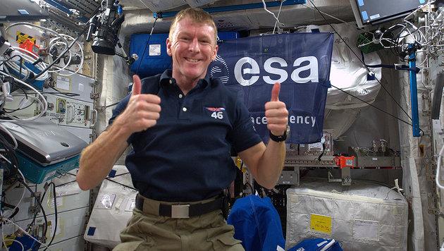 Astronaut Tim Peake verwählte sich im Weltall (Bild: ESA/NASA)