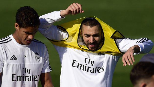 Raphael Varane (links) und Karim Benzema (rechts) (Bild: AFP)