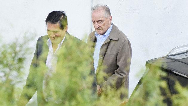 Herzleiden - Ex-FIFA-Vize von Gefängnis in Klinik (Bild: AP)