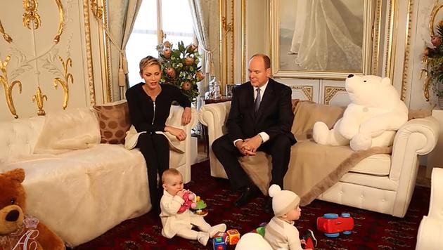 Charlene und Albert plaudern über ihre Zwillinge. (Bild: facebook.com/palaismonaco)