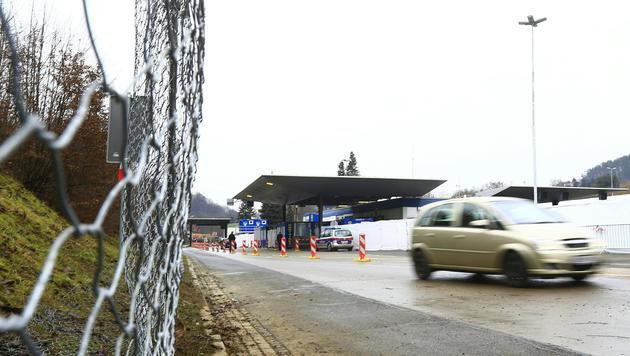So wird Flüchtlingsstrom an der Südgrenze gebremst (Bild: APA/ERWIN SCHERIAU)