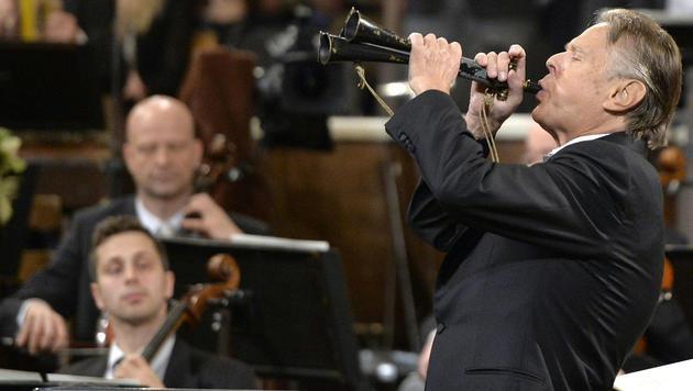 Jungstar Gustavo Dudamel schwingt 2017 Taktstock (Bild: APA/HERBERT NEUBAUER)