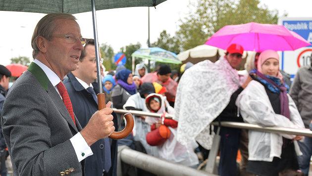 Haslauer fordert Obergrenze bei Flüchtlingen (Bild: APA/BARBARA GINDL)