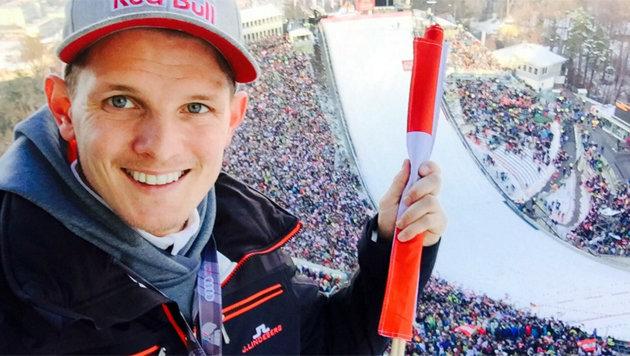 Prominenter Zuseher beim Bergisel-Springen: Ex-Tournee-Champ Thomas Morgenstern (Bild: twitter.com)