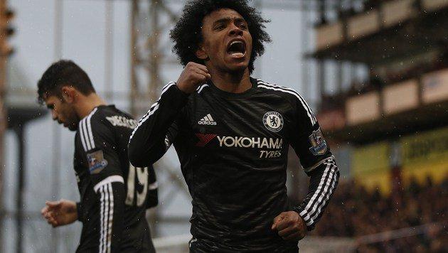 Chelsea feiert ersten Sieg unter Hiddink: 3:0 (Bild: APA/AFP/ADRIAN DENNIS)