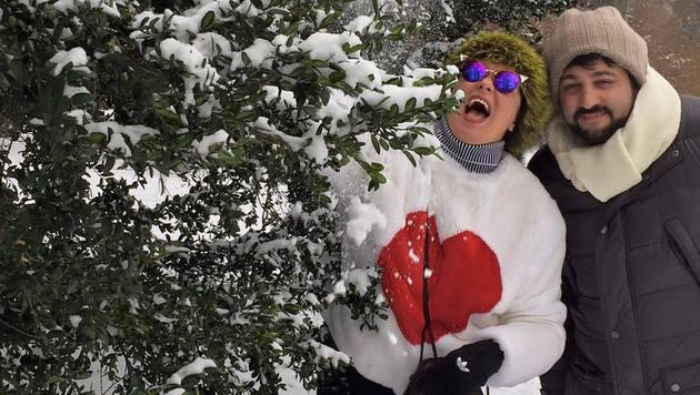 Anna Netrebko und ihr Yusif beim Schneespaziergang durch Wien (Bild: facebook.com/annanetrebko)