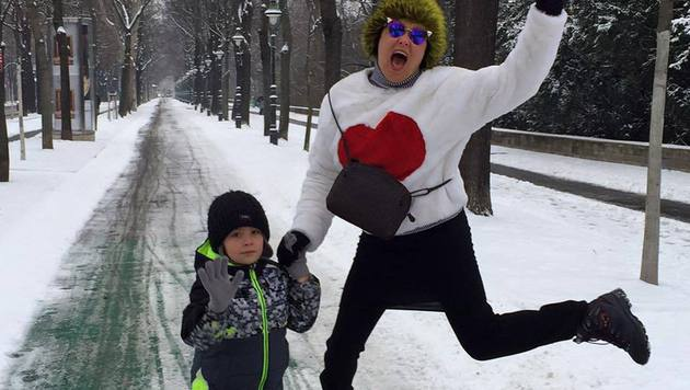 Anna Netrebko und Sohn Tiago (Bild: facebook.com/annanetrebko)