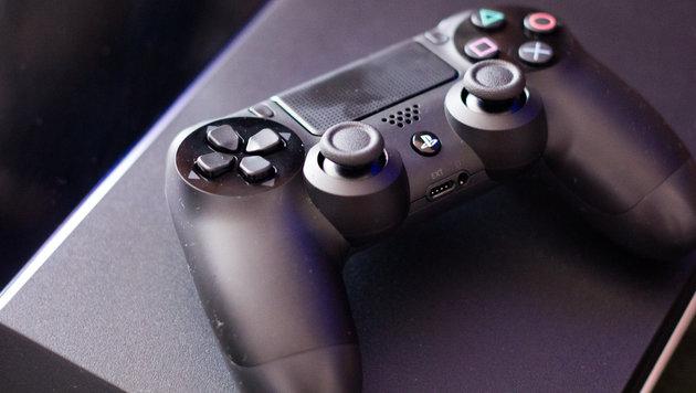 Sony bleibt dank PlayStation 4 auf Gewinnkurs (Bild: flickr.com/Farley Santos)