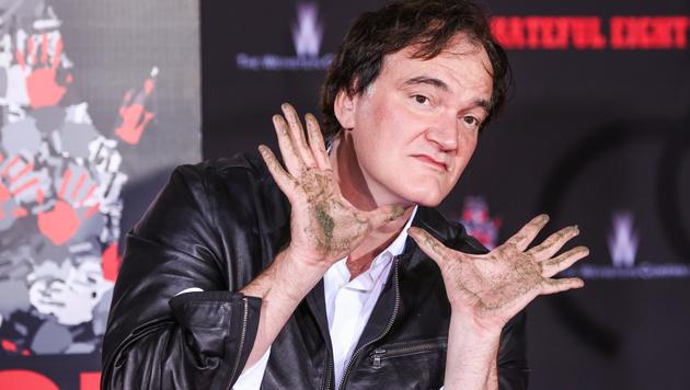 Quentin Tarantino mit Händen und Füßen verewigt (Bild: Rich Fury/Invision/AP)